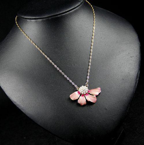 彩绘珐琅铀面花瓣镶嵌珍珠短项链